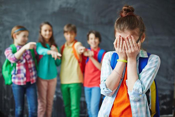 ارتباط برقرار نکردن کودک با دیگر کودکان