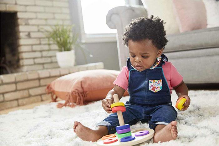 بازی با بچه یک ساله