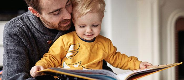 قصه خوانی برای تقویت حافظه شنوایی کودک