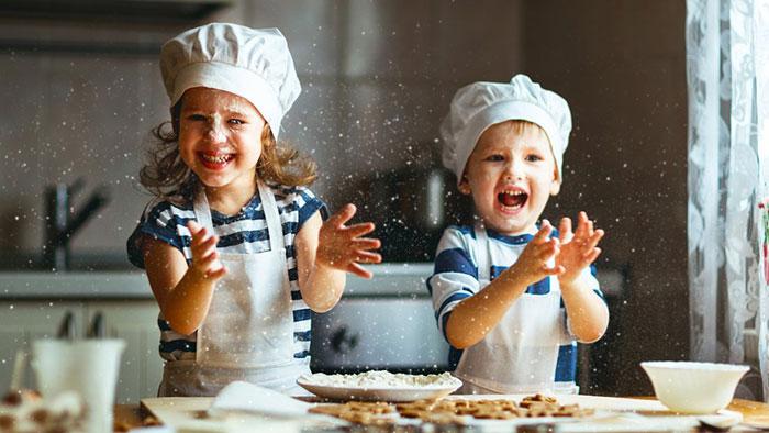 بازی آشپزی کودک سه ساله