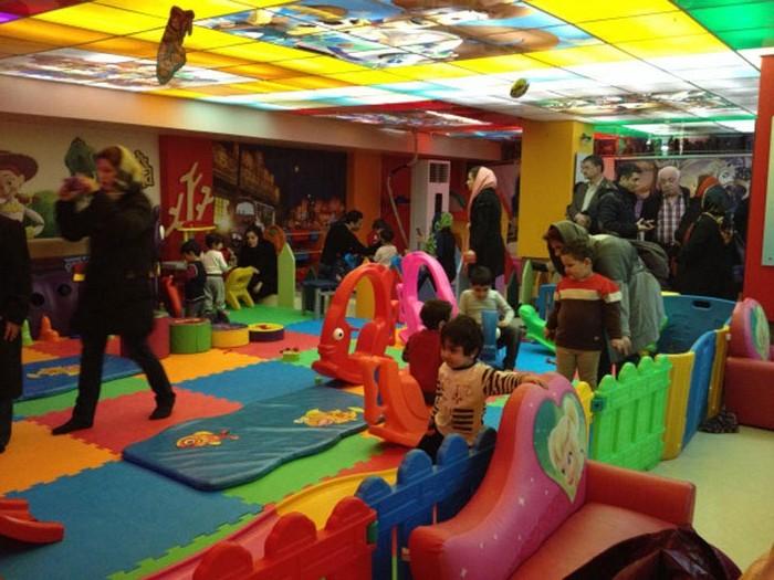 کافه رستوران کیدز لند با فضای کودک