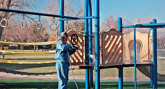 ایمنی وسایل بازی پارک ها