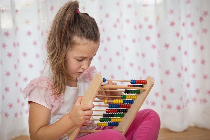 بازی برای تقویت توجه و تمرکز کودکان